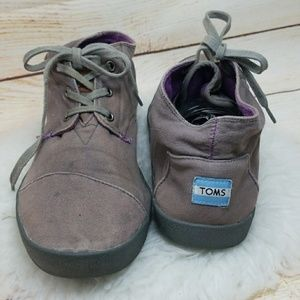 Toms mens Canvas high top lace up sneakers 11.5